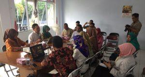 Pembekalan Kelompok Masyarakat Pemantau Isi Siaran di Kota Pekalongan dan sekitar, Jumat (23/2/2018).